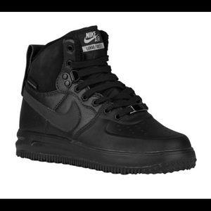 Nike Lunar Air Force 1's Sneakerboots